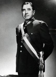 Augusto Pinochet (Allikas: Tšiili välisministeerium / Wikimedia Commons)